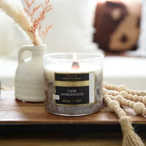 Candle-lite CLCo Candle Wooden Wick 14 oz luksusowa świeca zapachowa z drewnianym knotem ~ 90 h - No. 99 Tiare Amberwood