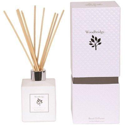 Woodbridge dyfuzor zapachowy z patyczkami 120 ml - Lychee & Redcurrant